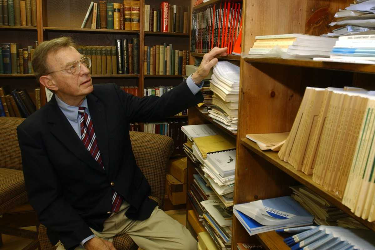 Robert L. Sadoff,  a forensic psychiatrist, in his home library in Huntingdon Valley in 2004. He  donated over 4,000 books to the College of Physicians in Philadelphia.