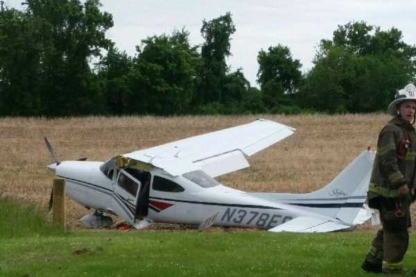 Small plane crashes near West Chester
