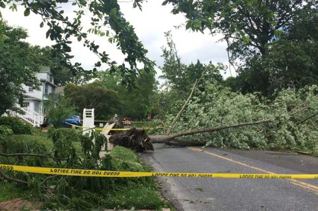 Storms cut power to thousands, may have spawned tornado
