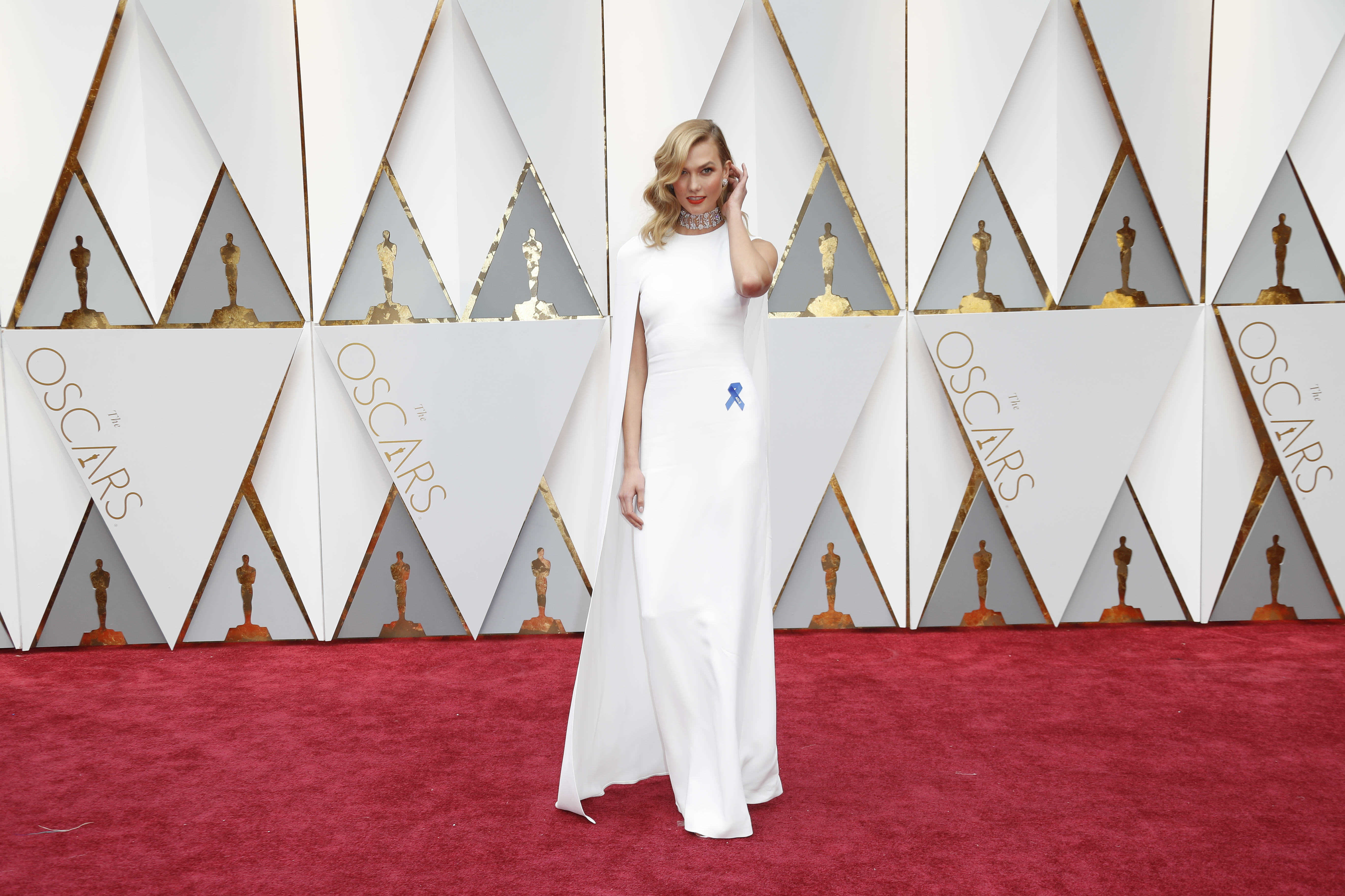 Sensational The Best And Worst Red Carpet Looks At The Academy Awards Bvt News Hairstyles For Women Draintrainus