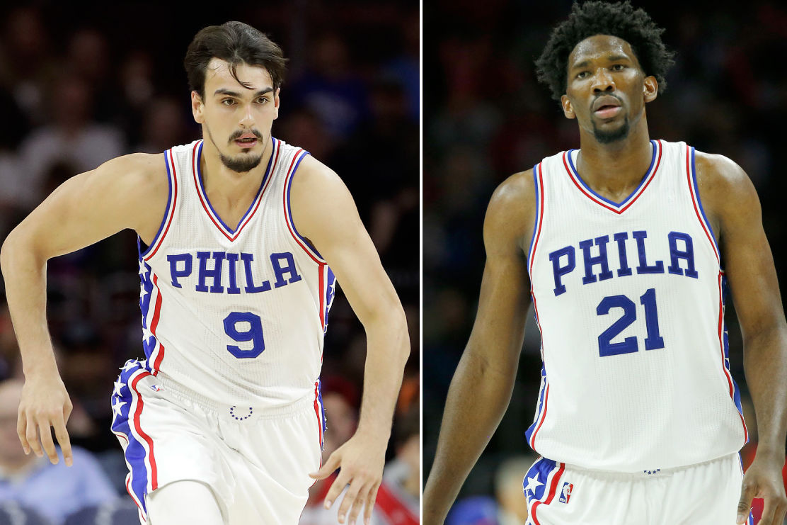 The Sixers´ Dario Saric (left) and Joel Embiid have been named finalists for the NBA rookie of the year award.