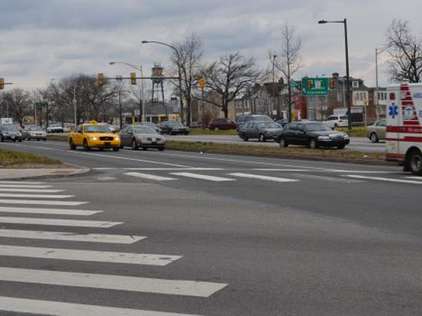 Roosevelt Boulevard sees as many as 75,000 to 90,000 vehicles per day. (PlanPhilly)