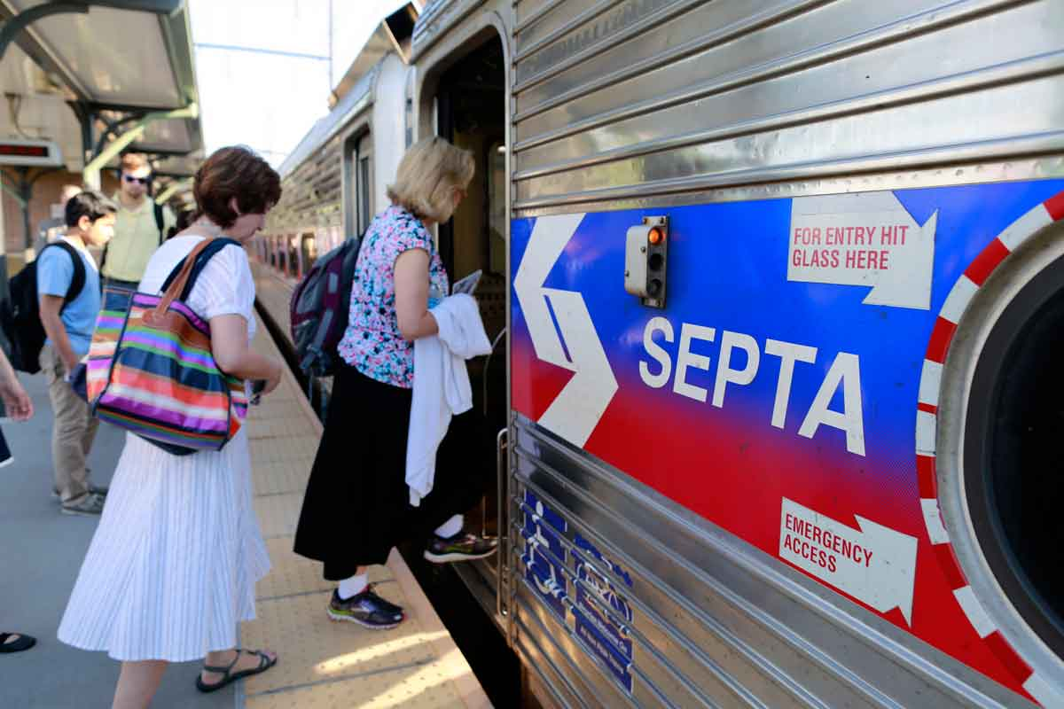 septa looking to borrow trains from other transit agencies