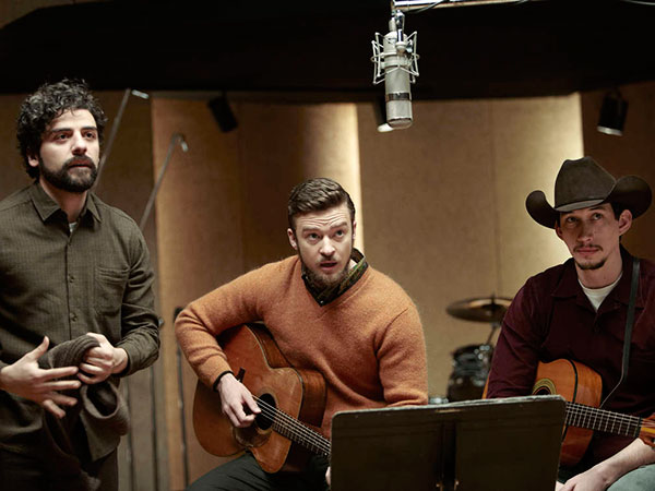 Oscar Isaac (left) plays the title character in the Coen Brothers´ new film, with Justin Timberlake (center), Adam Driver. (ALISON ROSA / CBS Films)