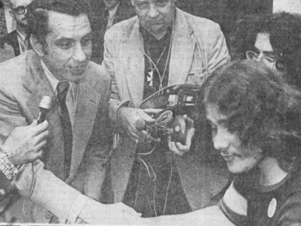 Arlen Specter (District Attorney at the time) shakes hands with Mark Segal, leader of the Gay Raiders who parked outside the district attorney´s office until he emerged and granted them an interview.