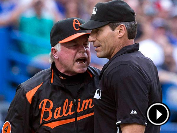 Baltimore Orioles manager Buck Showalter, left, argues a call with home plate umpire Angel Hernandez. (AP Photo/The Canadian Press, Chris Young)