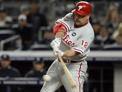 Will veteran Matt Stairs be a part of the Phillies´ bench in 2010? ( Yong Kim / Staff Photographer )