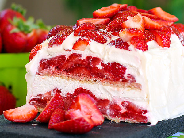 No-bake strawberry shortcake