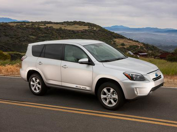 Toyota plans to discontinue production of electric versions of the RAV4 compact crossover, called the RAV4-EV.