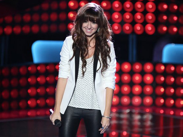 "Marlton, N.J.´s own Christina Grimmie on ""The Voice."" (Photo by: Tyler Golden/NBC)"