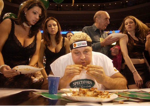 El Wingador competes in Wing Bowl XII in 2004. Photo: David Swanson/Staff Photographer