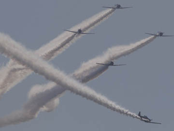 GEICO Skytypers perform at the Atlantic City Air Show, Aug. 17, 2011  ( David M Warren / Staff Photographer ) EDITORS NOTE:  JAIR18 124185 ATLANTIC CITY 081711  Atlantic City Thunder over the Beach Air Show
