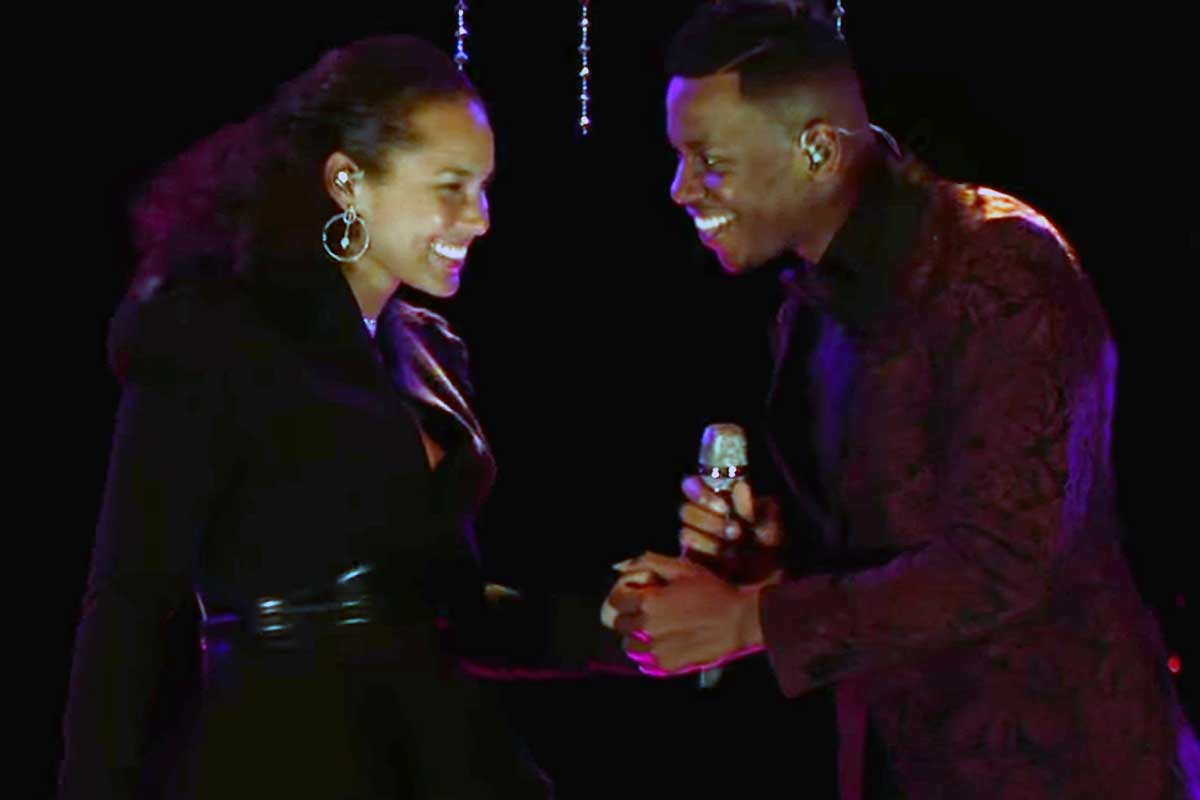 "Alicia Keys and Chris Blue perform ""Diamonds and Pearls"" during ""The Voice"" finale."