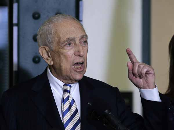 Sen. Frank Lautenberg, the oldest member of the U.S. Senate, tells a gathering Friday, Feb. 15, 2013, in his hometown of Paterson, N.J., that he plans to retire at the end of his current term. The 89-year-old says he´ll fight for gun control, against global warming and press to ensure working families are not left behind.   (AP Photo/Mel Evans)