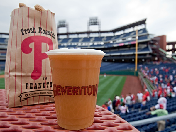 Sly Fox Brewing´s Royal Weisse was declared a favorite new beer during a blind taste test at  Citizens Bank Park in 2010. (David M Warren / Staff Photographer)