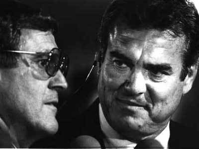 Dick Vermeil (left) and Tom Brookshier at an Eagles game in 1987. (file photo)