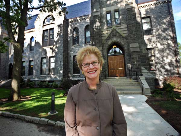 Jane Dammen McAuliffe, President of Bryn Mawr College, in front of<br />Taylor Hall where the president&acute;s, dean&acute;s and other administrative<br />offices are located. ( Sharon Gekoski-Kimmel / Staff Photographer