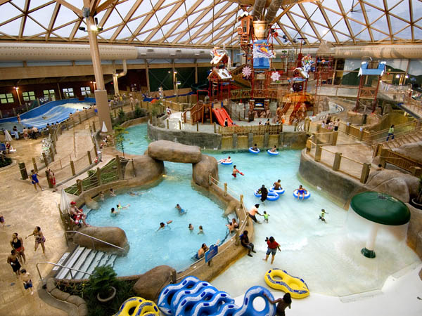 "financial analysis for a new indoor theme park project New jersey's never-ending mall project  be opening at the 90-acre site, making  it ""the largest indoor theme park in the western hemisphere."
