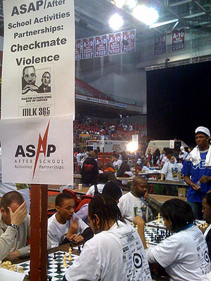 Chess tutoring at the Liacouras Center on the Martin Luther King Day of Service. (Bob Moran/staff photo)