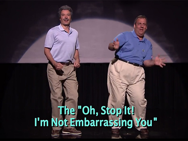 N.J. Gov. Chris Christie and Jimmy Fallon show of different ´Dad dances´ on Thursday night´s show.