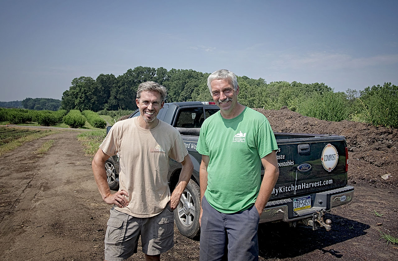 Chris Pieretti (left) of Kitchen Harvest has been in a two-year partnership with Steve Linvill, president of the Linvill family orchard.