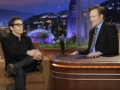 "Conan O´Brien talks to Ben Stiller on O´Brien´s second to last ""Tonight Show."" (Paul Drinkwater/NBC)"
