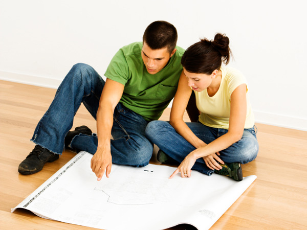 You have the itch to update your tired home, but you´re on a tight budget. What to do?