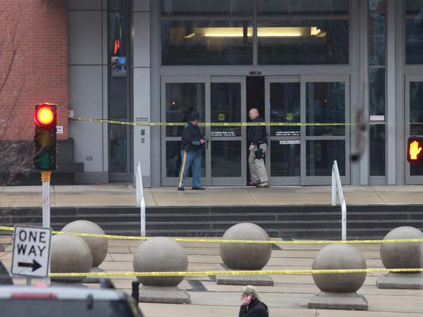 View from E. 5th and Market Sts. of the scene outside of the New Castle County Courthouse after a shooting in the lobby this morning, Wilmington, Delaware, February 11, 2013.  ( DAVID M WARREN / Staff Photographer )<br /><br /><br />