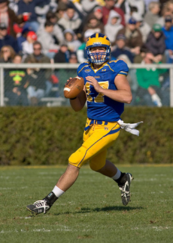 Pat Devlin led Delaware to the FCS title game last year