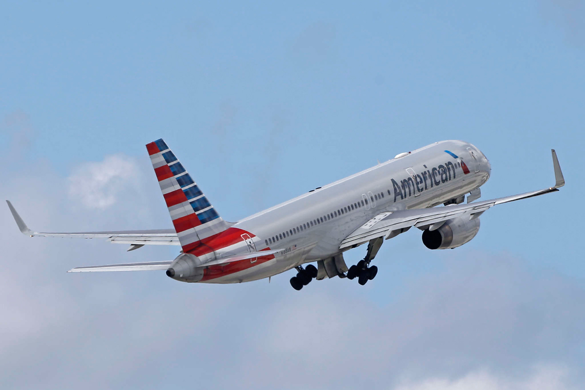 An American Airlines jet.
