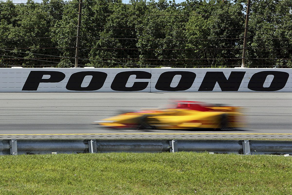Ryan Hunter-Reay (28) drives on his way to third place during the Pocono IndyCar 500 auto race Monday, Aug. 22, 2016, in Long Pond, Pa.