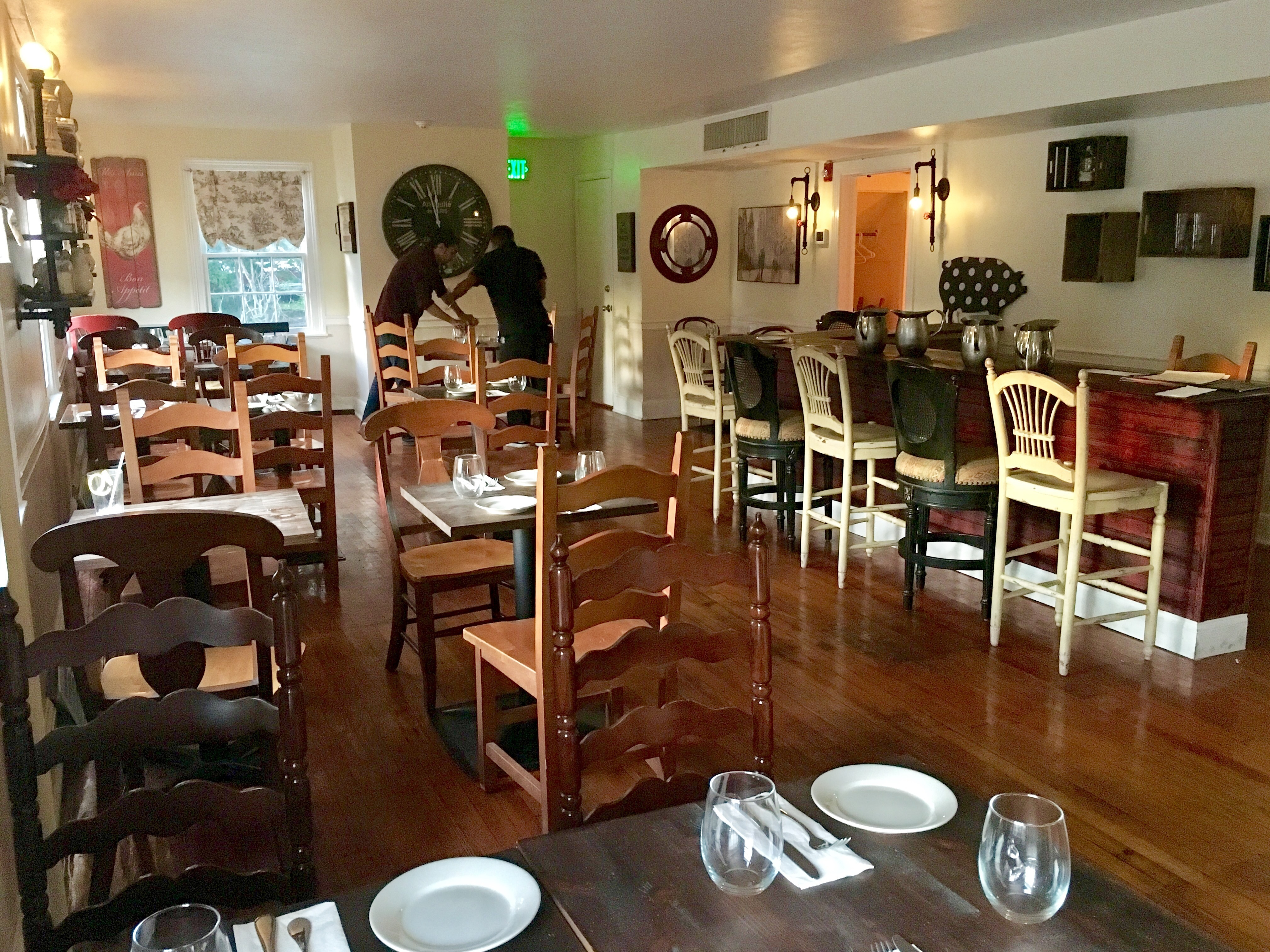 Dining room at Southern Belle, 700 Bethlehem Pike, Erdenheim.