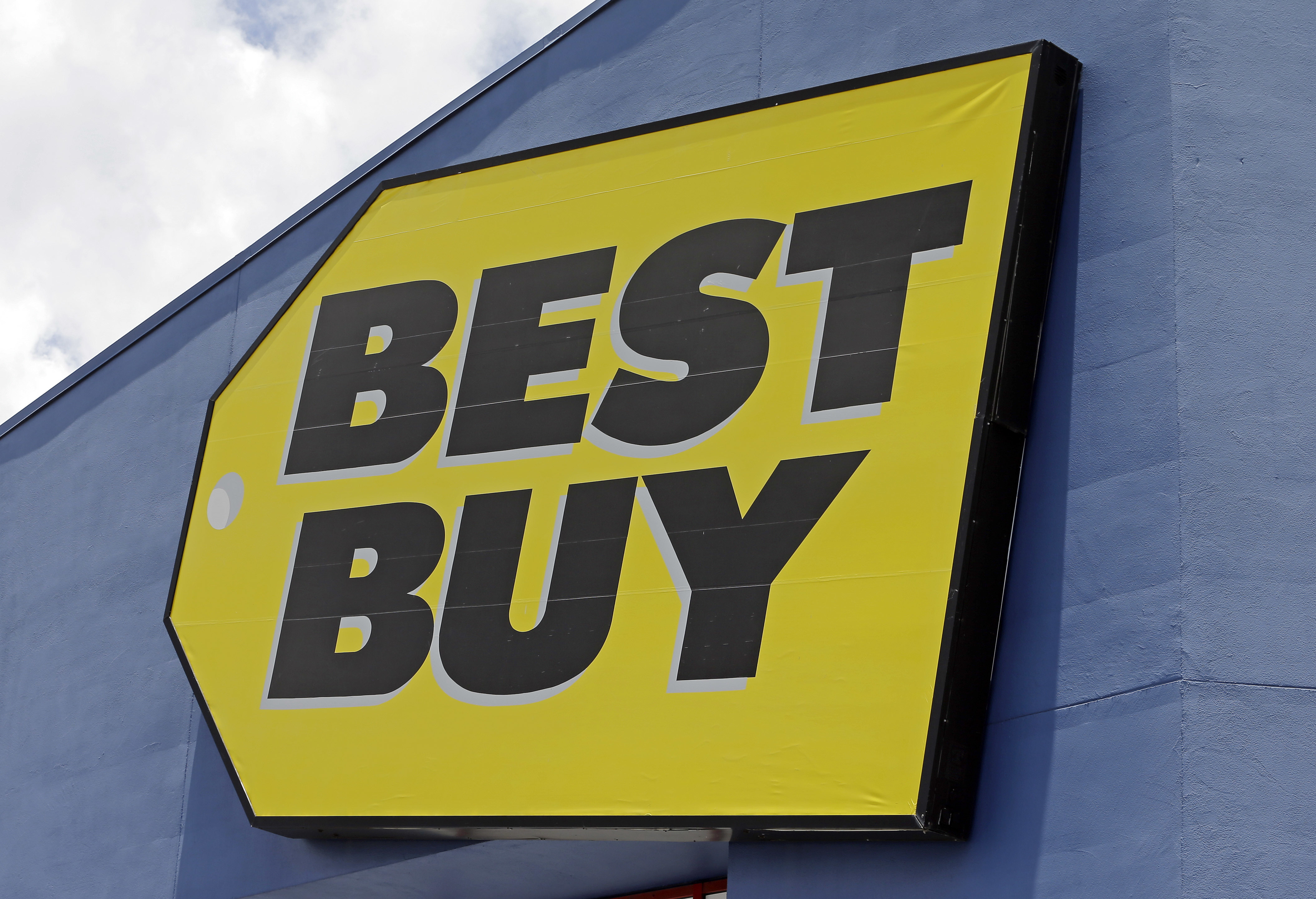 On Sept. 10 Best Buy will expand an In Home Advisor program to more than 920 big box stores in the U.S. The retailer is enjoying a robust turnaround under a new CEO who is focused on customer service and experiences.