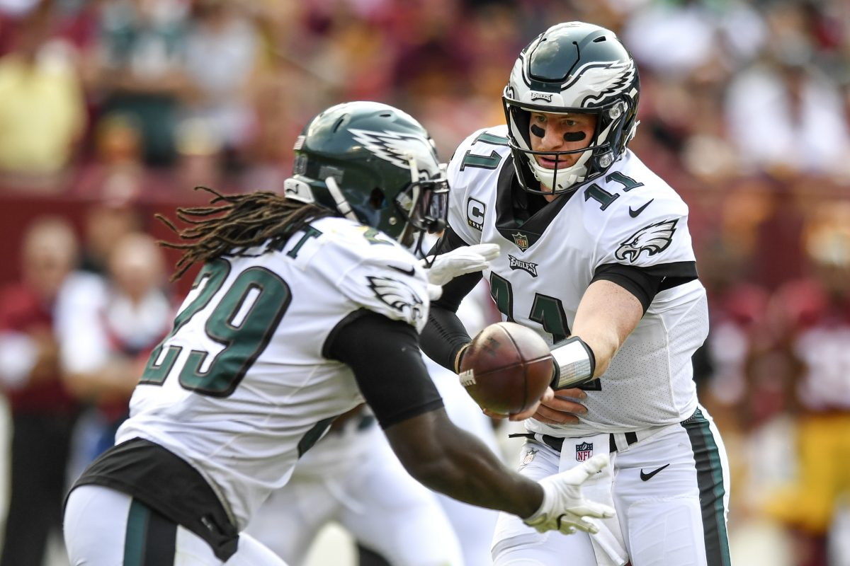 LeGarrette Blount was stopped on both of his third-and-short rushing attempts at Washington.