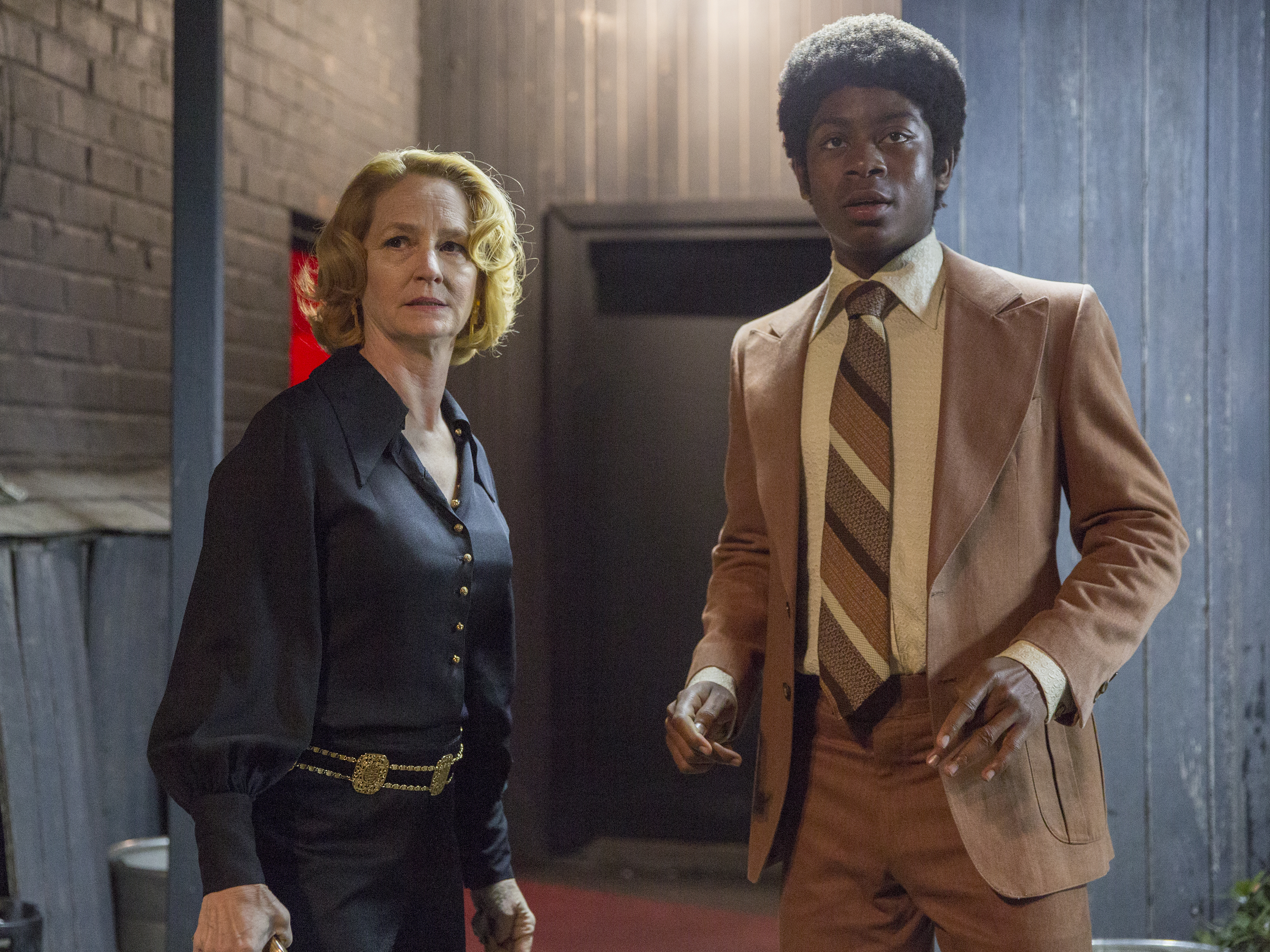"Melissa Leo as Goldie and RJ Cyler as Adam in Showtime´s ""I´m Dying Up Here,"" premiering June 4 (JUSTINA MINTZ/Showtime)"