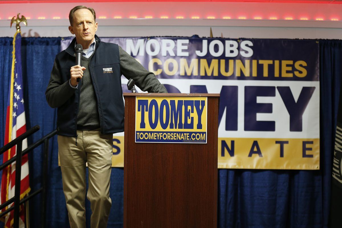 Republican Sen. Pat Toomey addresses supporters on the final weekend of his 2016 reelection campaign in West Chester.<br />
