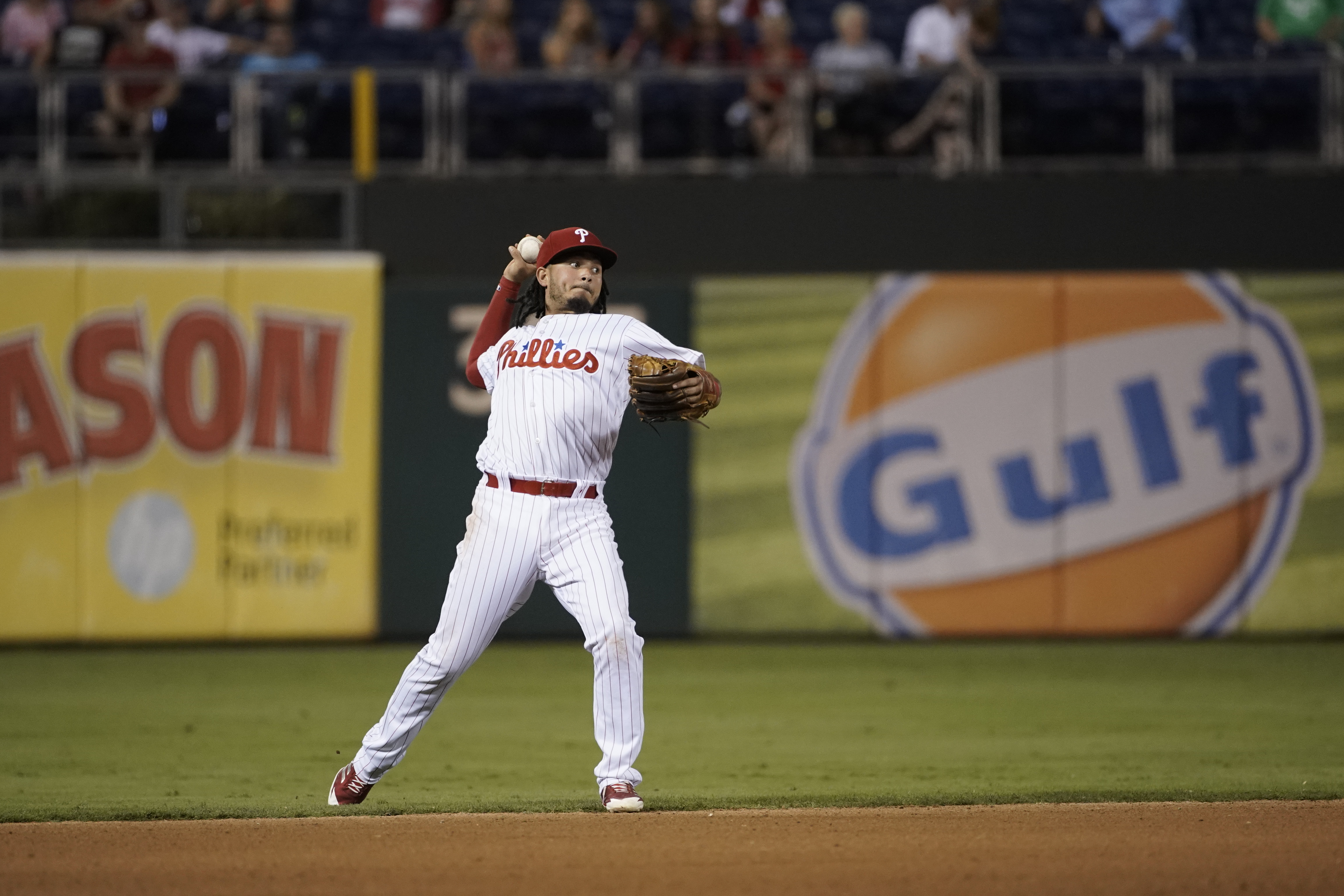 Shortstop Freddy Galvis made a pinch-hitting appearance Sunday to become the first Phillies player to participate in all 162 games since Ryan Howard in 2008. (AP Photo/Matt Slocum)