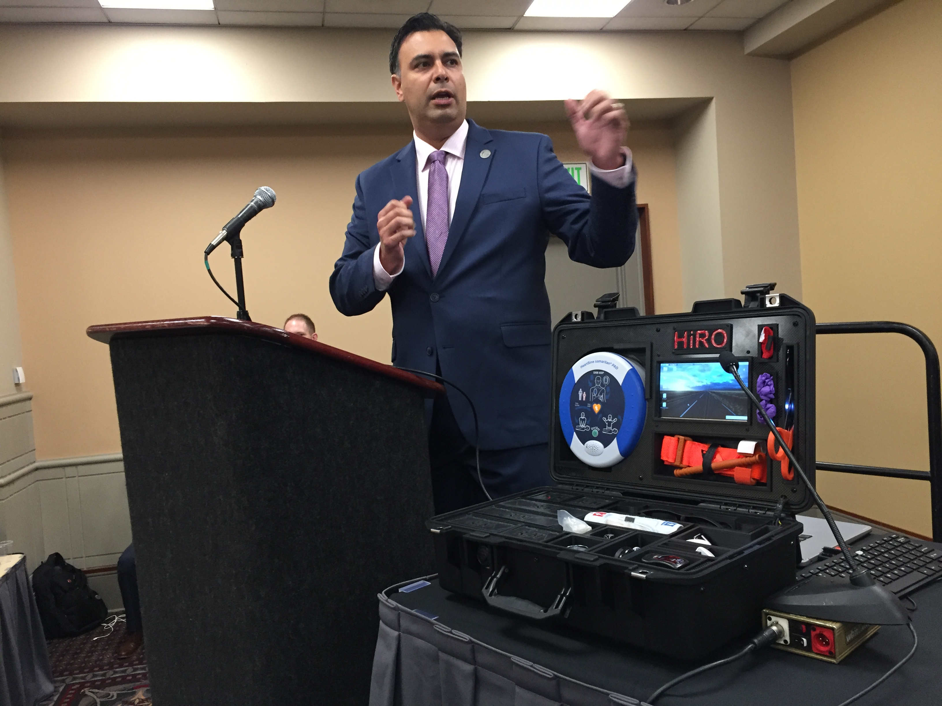 At an osteopathic conference in Philadelphia, Italo Subbarao described how this medical kit could be delivered by drone to a disaster scene, along with a wireless headset so physicians could tell civilians how to use it.