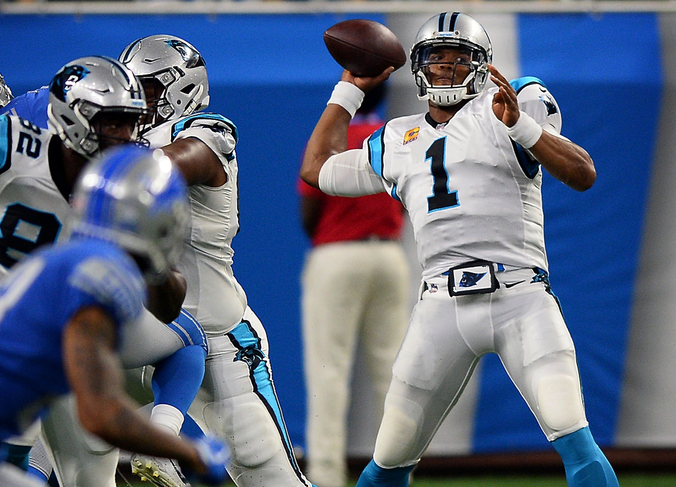 Carolina Panthers quarterback Cam Newton (1) drops back to pass in the first half against the Detroit Lions on Sunday, Oct. 8, 2017, at Ford Field in Detroit. The Panthers won, 27-24. (Jeff Siner/Charlotte Observer/TNS)