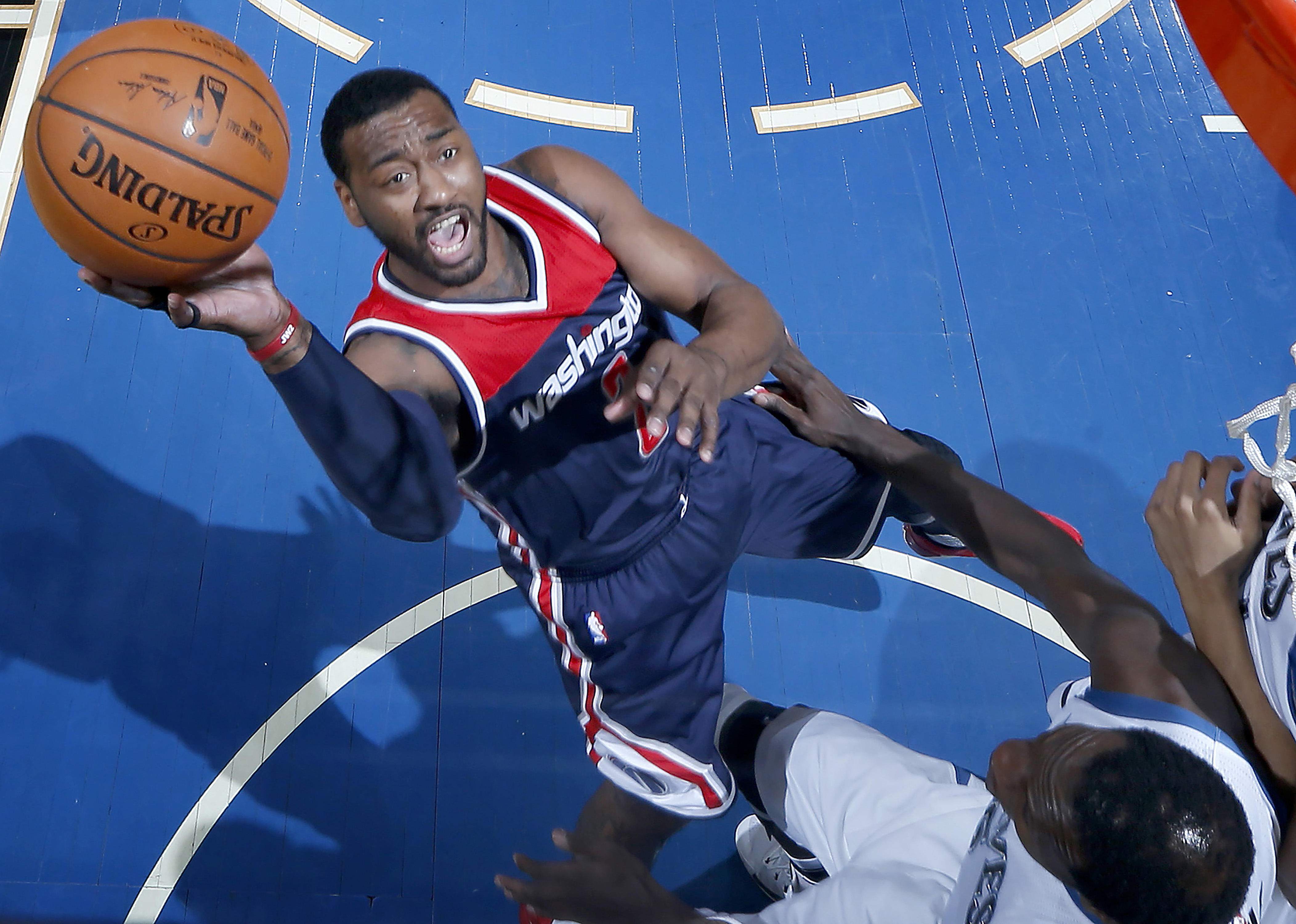 Washington Wizards´ John Wall (2) attempts a shot in the first half against the Minnesota Timberwolves on Monday, March 13, 2017 at Target Center in Minneapolis, Minn. (Carlos Gonzalez/Minneapolis Star Tribune/TNS)