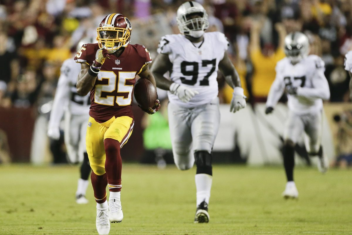 Running back Chris Thompson  leads the Redskins in rushing (175 yards) and receiving (18 catches, 340 yards).
