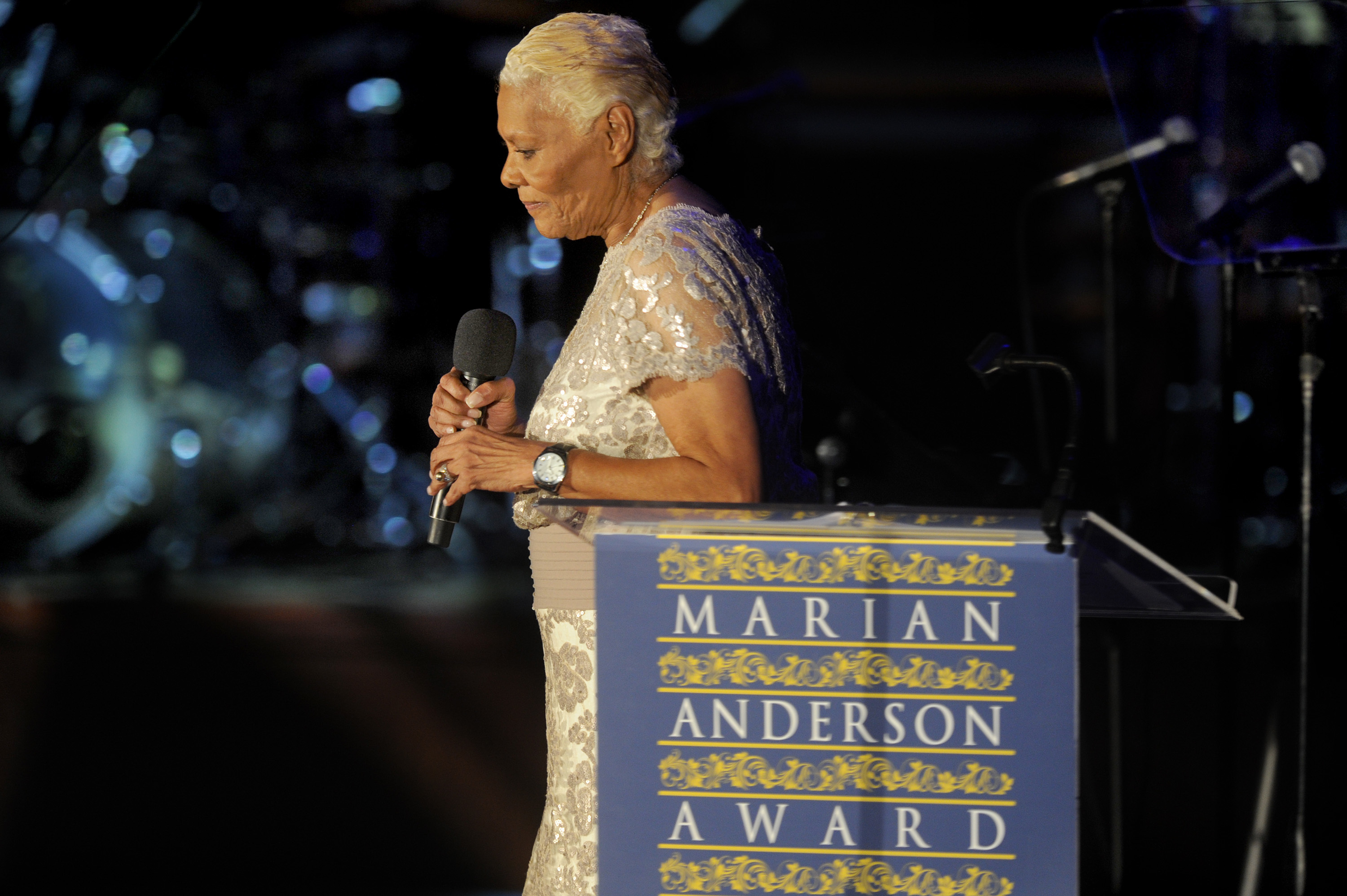 Dionne Warwick begins her remarks after accepting the 2017 Marian Anderson Award November 14, 2017, at the Kimmel Center.