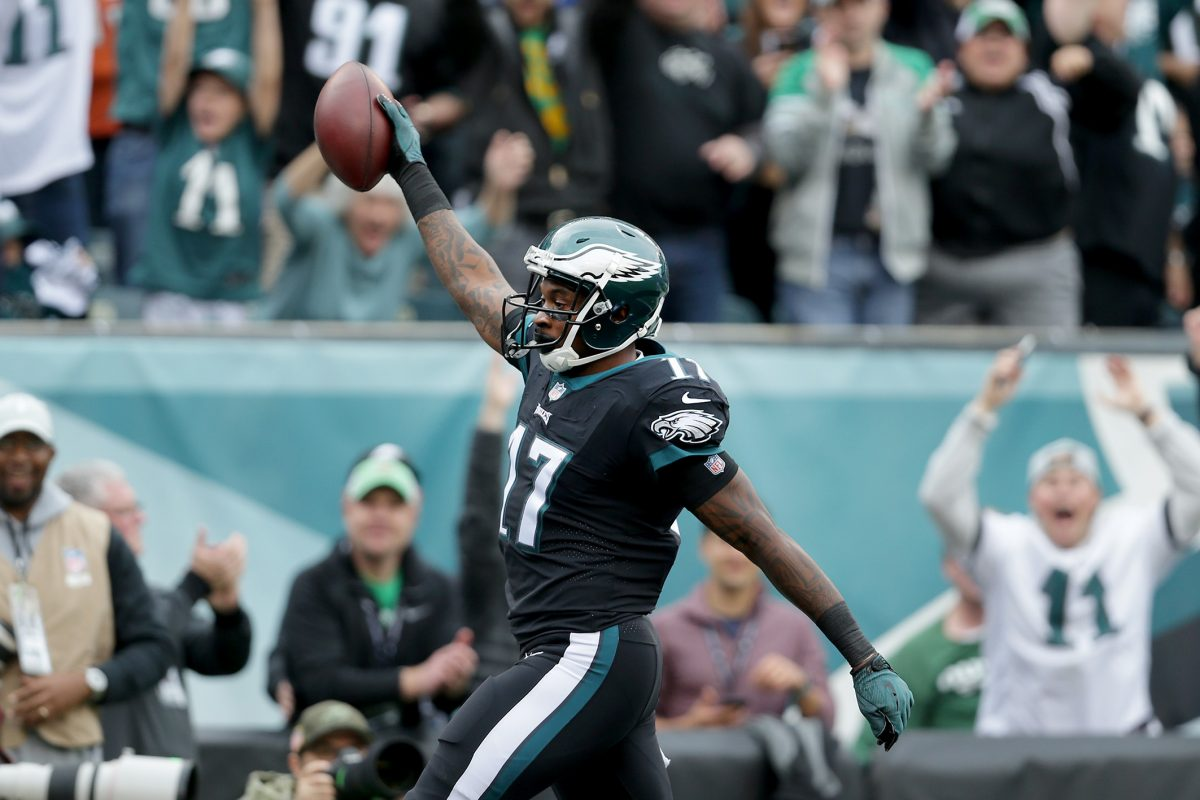 Eagles' wide receiver Alshon Jeffery, who spent five seasons with the Bears, looks to continue his hot streak this Sunday against his former team.  DAVID MAIALETTI / Staff Photographer