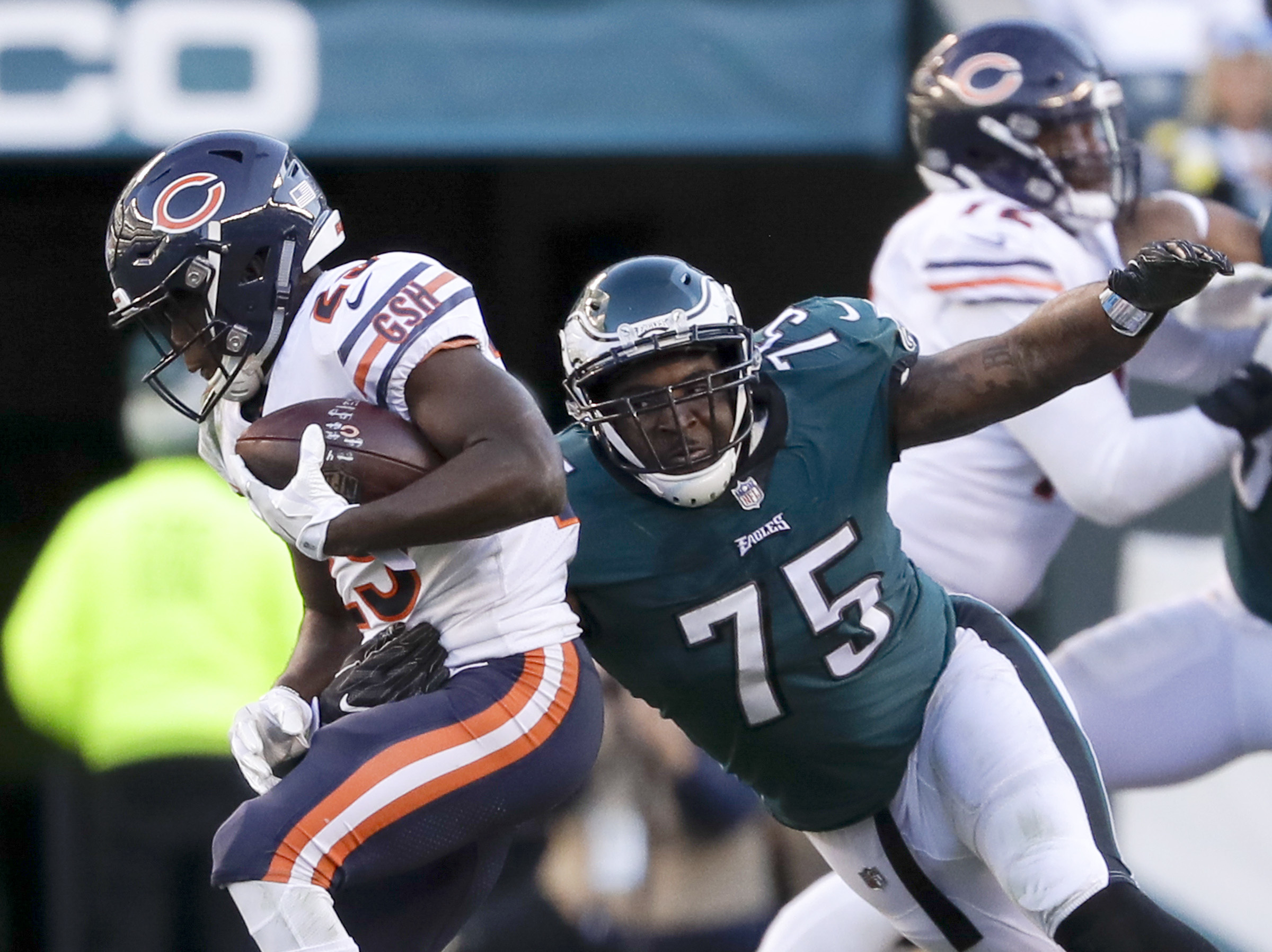 Vinny Curry (No. 75) has been part of a dominating Eagles defensive line this season.