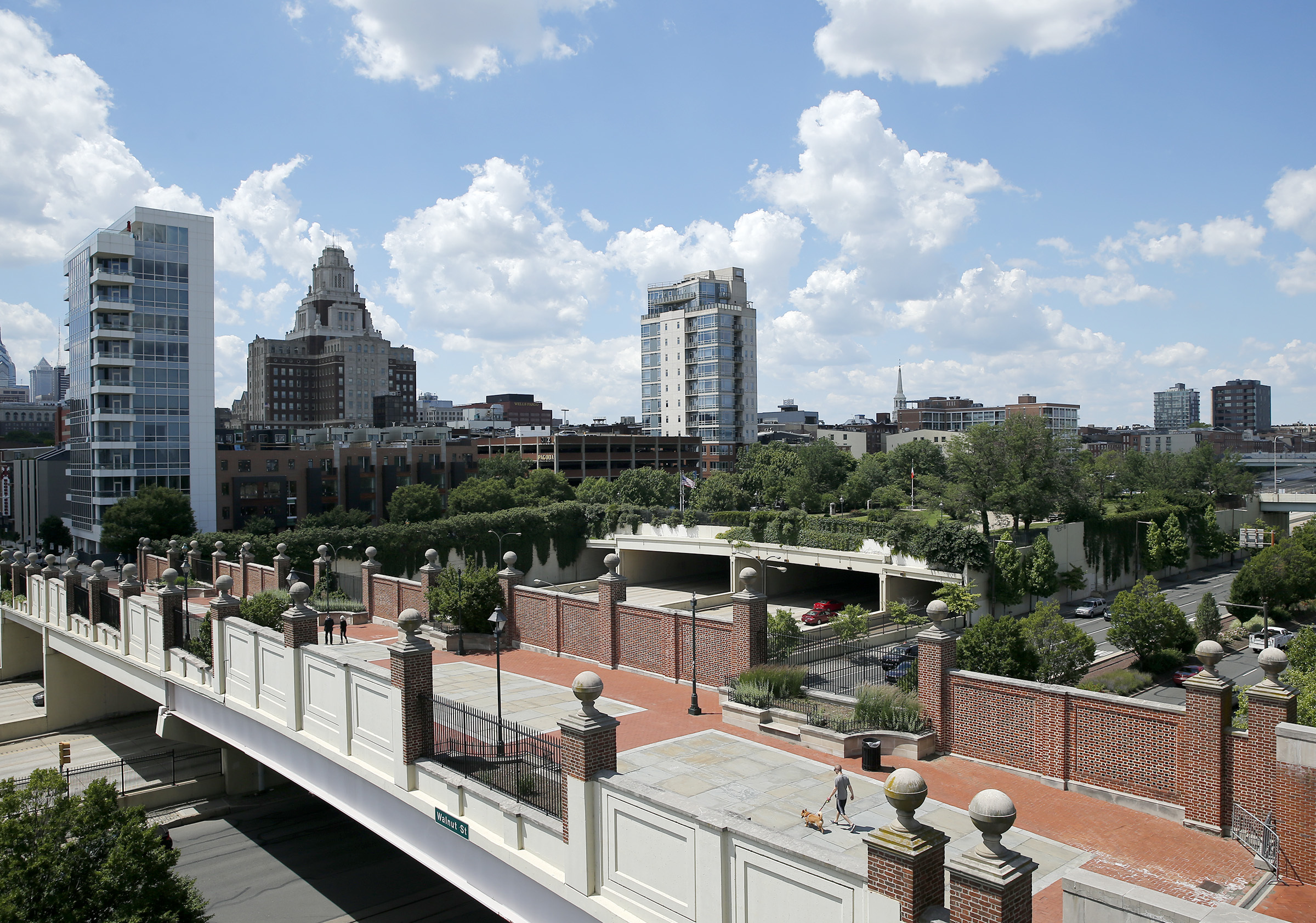 A view of the Walnut Street bridge over I-95 and Columbus Boulevard Friday, from the Hilton Penn´s Landing Hotel parking garage. YONG KIM / Staff Photographer