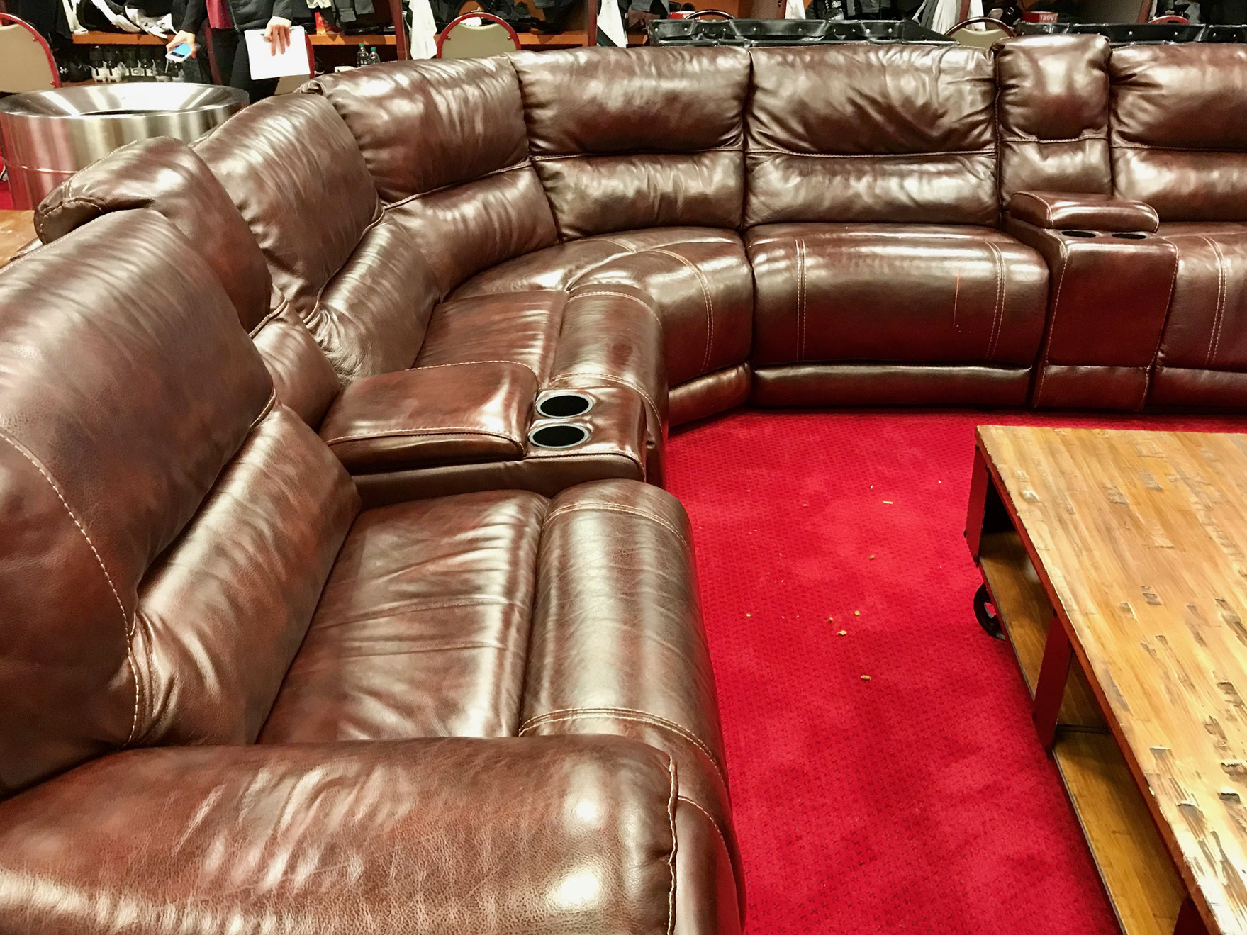 The big couch inside the Los Angeles Angels´ locker room.