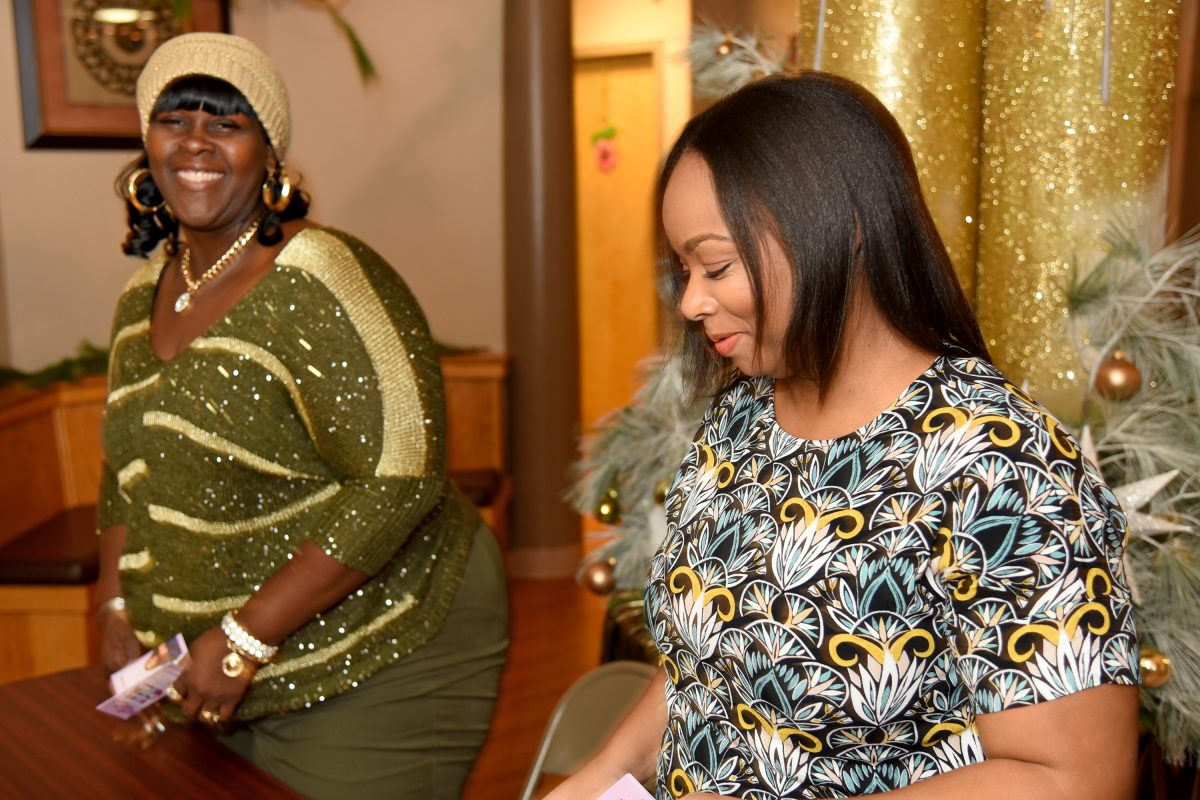 Ella Baker (left) and La´ Tosha Thomas (right) are with Trusted Links, a grassroots program that recruits and trains Camden women to teach other Camden woman how take care of themselves and help reduce their city´s infant mortality rate.