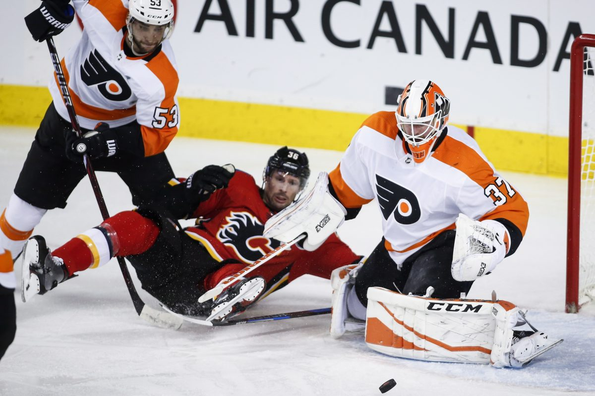 Philadelphia Flyers goaltender Elliott had a 1.67 GAA and .954 save percentage as he sparked wins over the Edmonton Oilers, Calgary Flames and Vancouver Canucks.