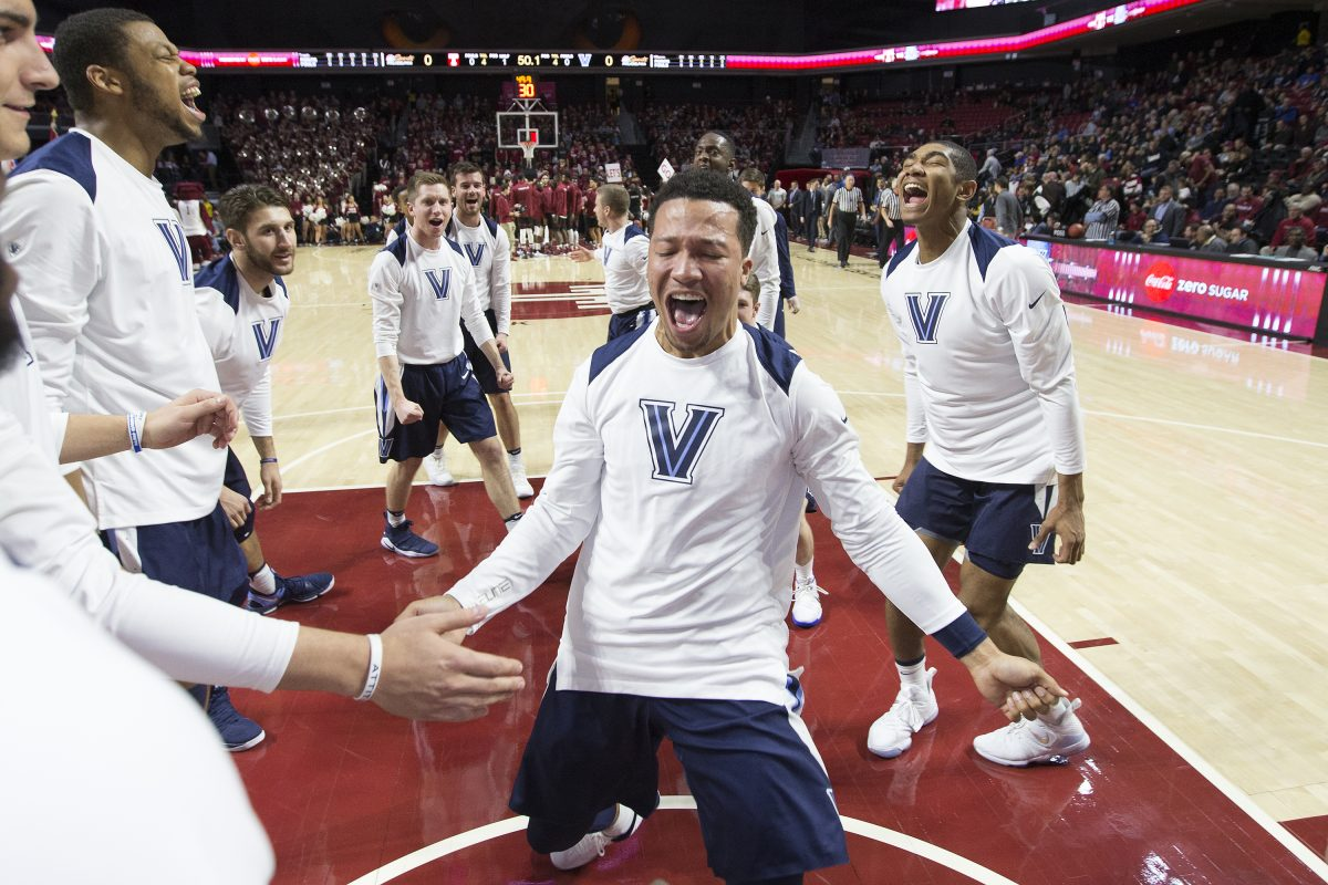 Jalen Brunson, center, of Villanova and his teammates huddle up before their game against Temple at Liacouras Center at Temple University on Dec. 13, 2017.