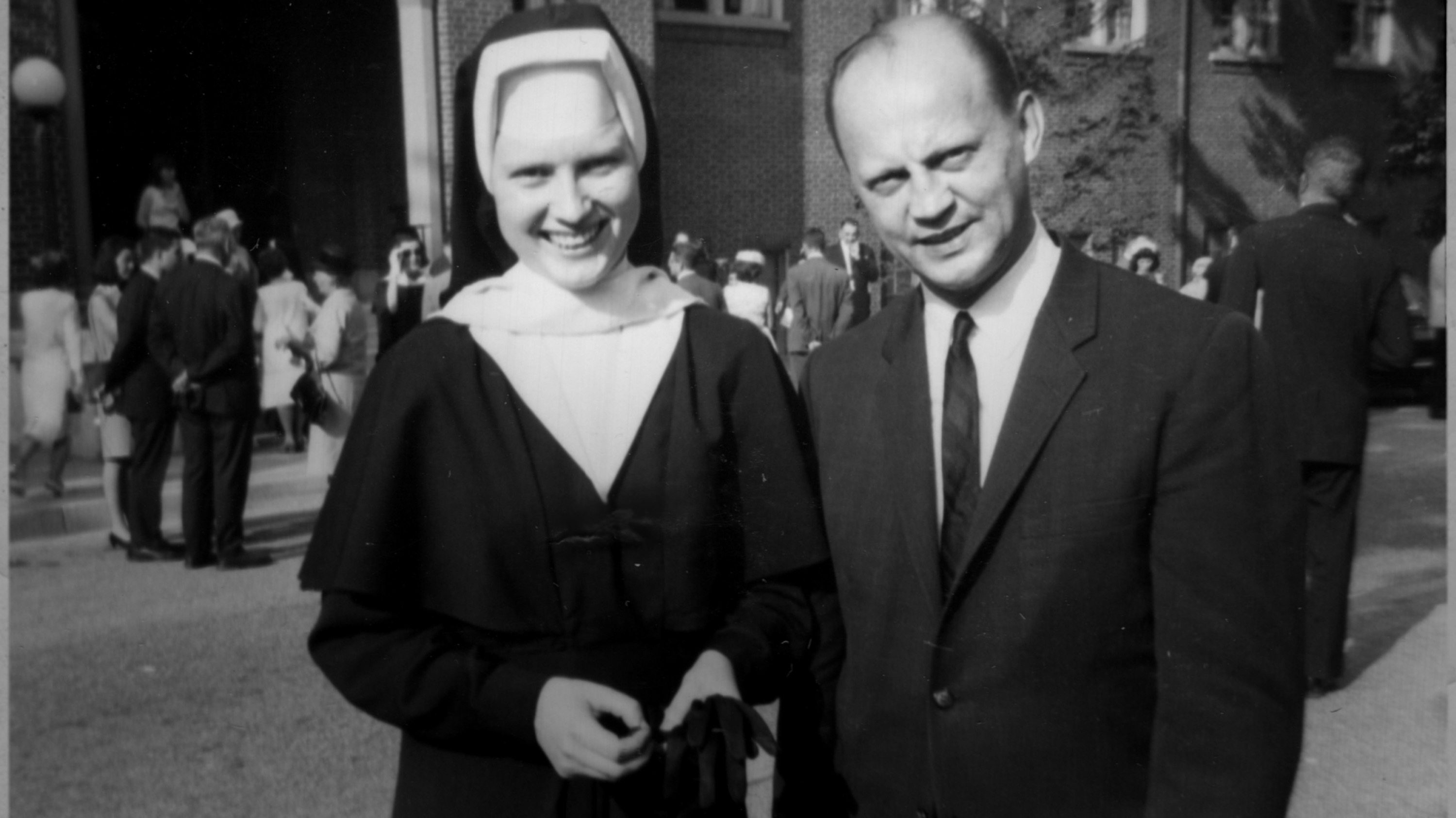 "Sister Catherine Cesnik, whose murder is the focus of Netflix´s ""The Keepers,"" with her father, Joseph Cesnik"